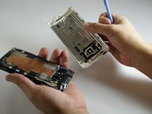 Замена динамика HTC One Шаг 5